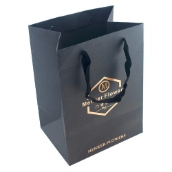 Personalized Foil Stamping LOGO Black Speciality Paper Bag China